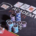 ставки на кибер покер
